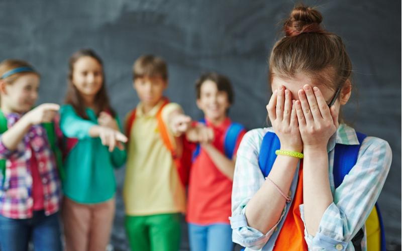 Nasilje u kukavicnom drustvu - Nasilje u skolama je svakodnevno