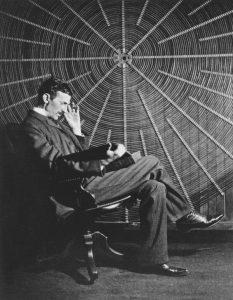 Tesla - odsjaj Zapada sa duhom Istoka (Theoria Philosophiae Naturalis)